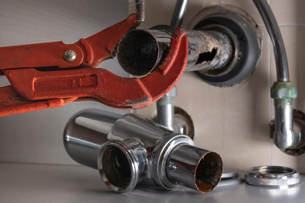 Plumbing Leak Causes: Corrosion, Pressure, Clogs